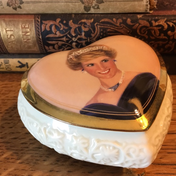 Vintage Other - Princess Diana Collectible Music Box